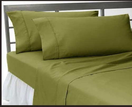 Plain Dark Green Bed Sheet Set In 12 Sector