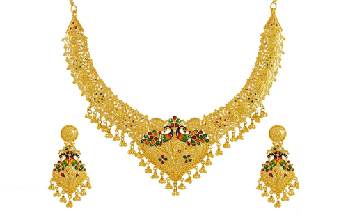 Designer Gold Necklace Sets at Best Price in Mumbai