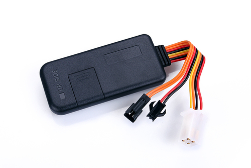 TR80 GPS Tracker with Voice Monitoring and remote engine cut-off in