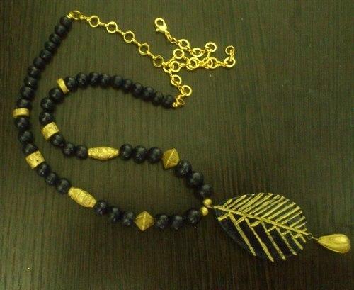 Attractive Terracotta Necklace