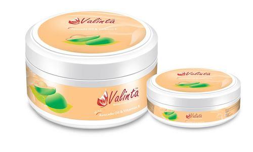 Skin Moisturizing Cream With Vitamin E