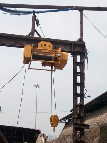 Heavy Duty Electric Wire Rope Hoists in  Goregaon (E)