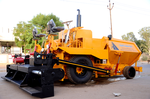 Paver Finisher Machine in   Dedeyasan Credit Society Bank Road