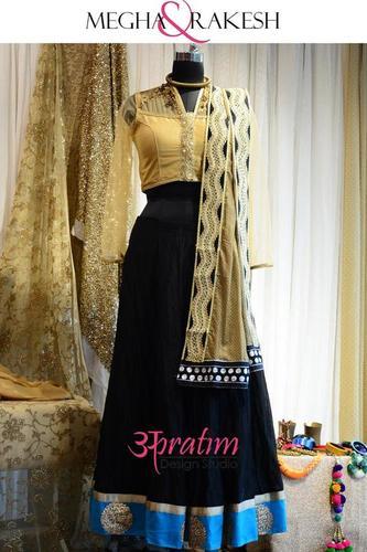 Designer Choli 08 At Best Price In Vadodara Gujarat Apratim Design Studio