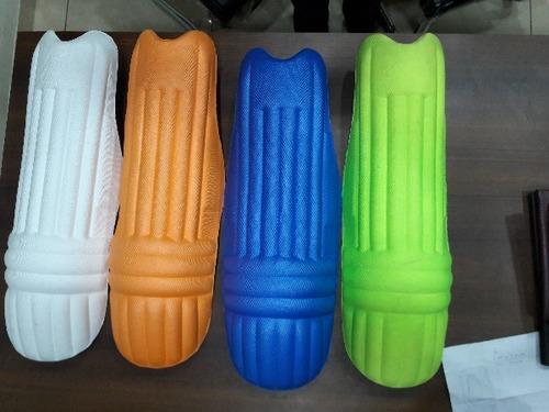 Cricket Equipment - Cricket Kits, Cricket Bats, Cricket Helmet