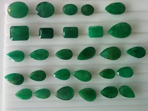 Emerald Stone in  Johari Bazar