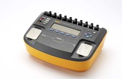 Fluke Impulse 6000D Defibrillator Analyzer