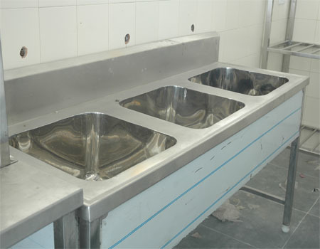 Kitchen Steel Three Sink in  Gerugambakkam