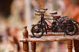 Cycle Handcrafted Metal Toy