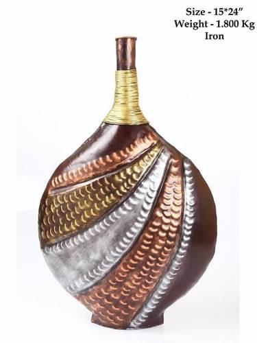 Iron Thread Work Vase