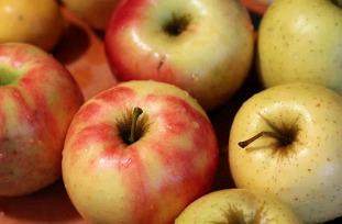 Red Golden Apple