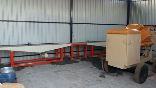 Vibrating Table Type Paver Blocks Machine