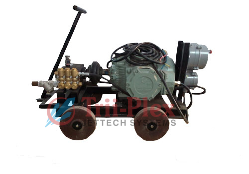 Industrial Triplex Plunger Pumps For Tube Cleaning