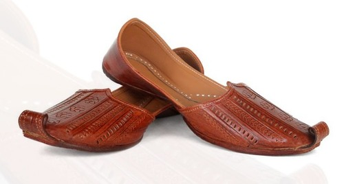 Stylish Brown Leather Noke Jutti
