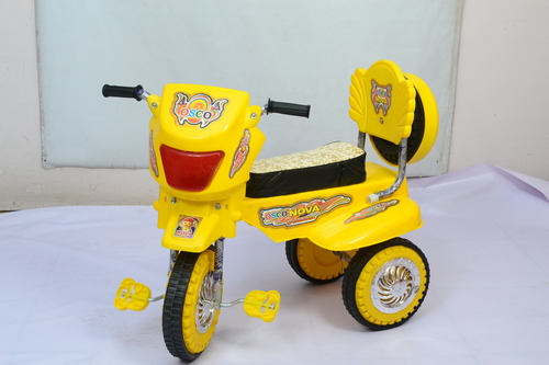 Nova Scooter C/Wheel in  Babarpur (Shahdara)