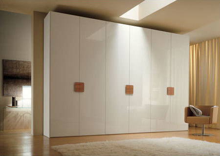 Wooden Classic Wardrobes