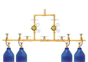 Cylinder Manifold Systems in  Makarpura (Vdr)