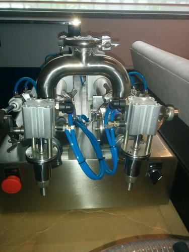 Pneumatic Liquid & Paste Filling Machine