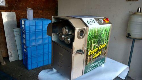 Mini Table Top Sugarcane Juice Machines in  Anna Nagar