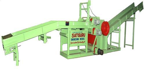 Waste Wood Cutter Machine in   Near Railway Bridge