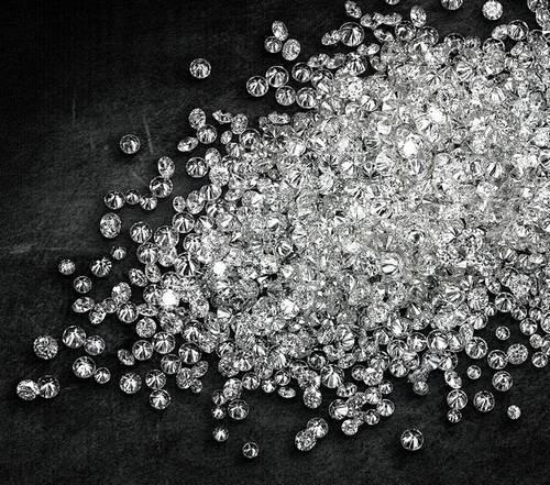 Polished Diamonds in  Varachha