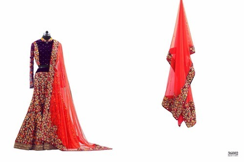 Ladies Attractive Wedding Lehenga