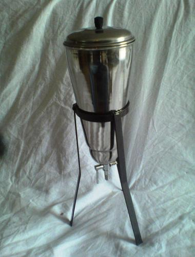 Conical Percolator