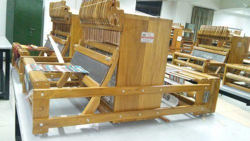 Handloom Weaving Machinery in  Nava Vadaj (Ashram Road)