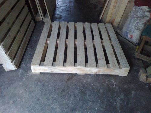 Industrial Wooden Pallets in  Charkop-Kandivali (W)