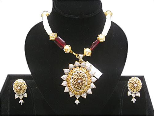 Ladies Designer Necklace Sets