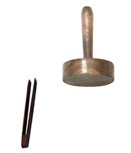 Wooden Chimta And Mesher Set