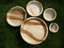 High Quality Areca Leaf Plates in   Holenarasipur