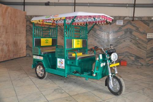 Low Power Consumption E Rickshaw