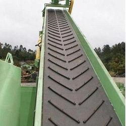 Industrial Chevron Conveyor Belts in  Malad (E)
