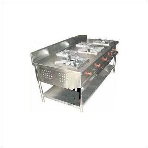 5 Burner Cooking Range