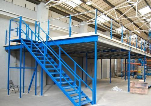 Mezzanine Floor Top Wood Ladder
