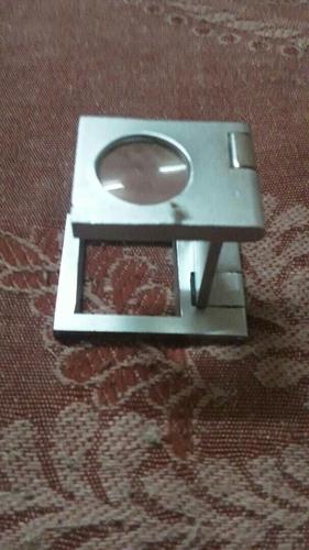 Portable Folding Magnifiers