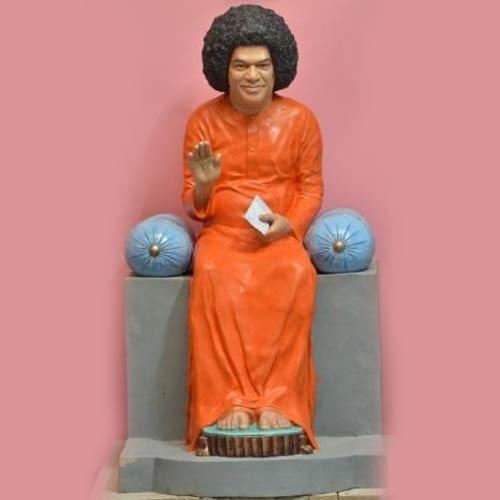 Satya Sai Baba Statues in  Indira Bazar