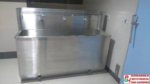 Stainless Steel Scrub Sink in  Kushaiguda