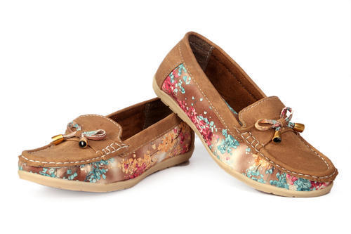 Ladies Attractive Casual Shoes