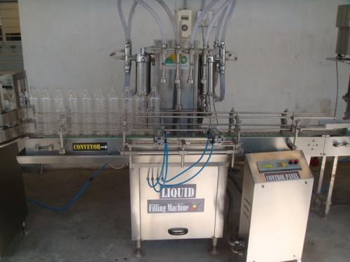 4 Head Bottled Water Filling Machine