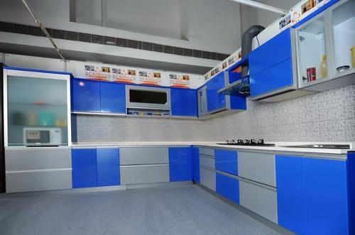 Designer Wooden Modular Kitchen