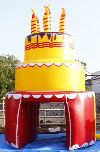 Inflatable Cake Tunnel