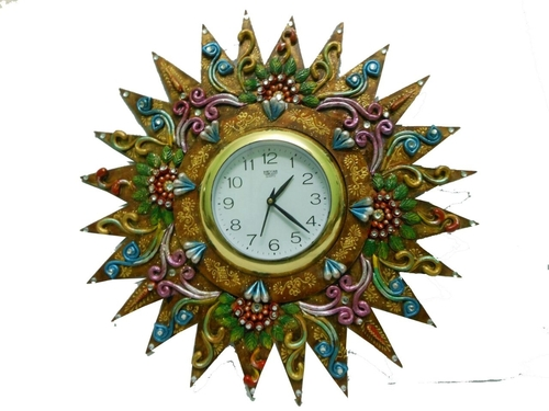 Customized Decorative Wooden Wall Clocks in  Jhotwara
