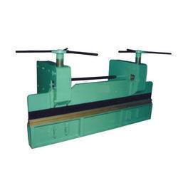 Heavy Duty Manual Bending Machine in  Narmada Nagar