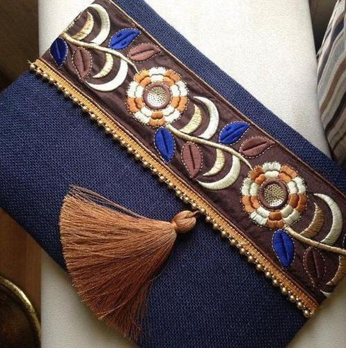 5 Jute Pouch With Lace