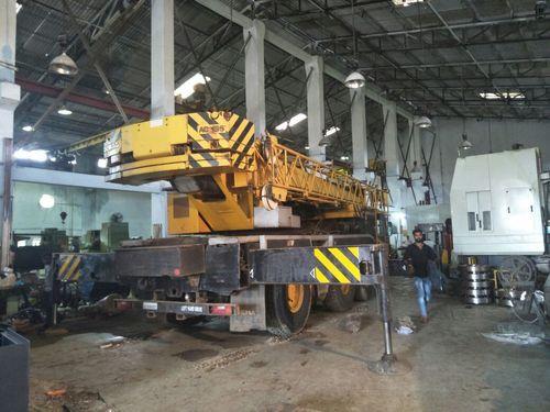 Truck Crane Hire Services