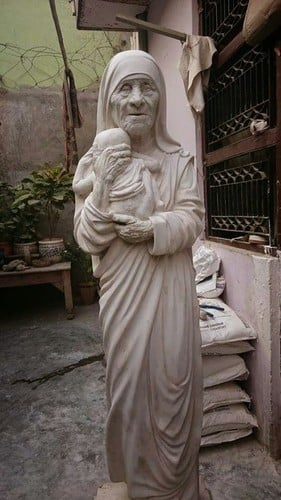 Quality Tested Mother Teresa Polystone Statue