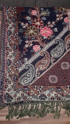 Women Hand Woven Shawls