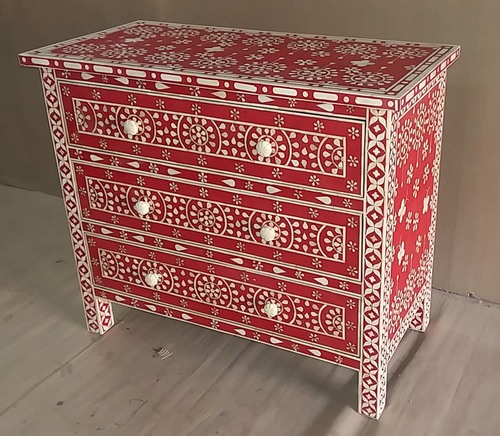 Robust Bone Inlaid Drawers Chest